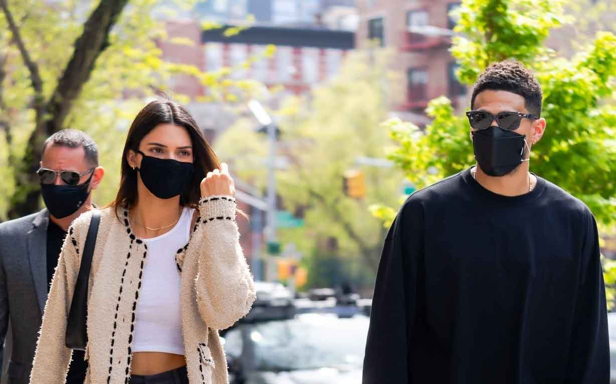 FreebieMNL - Kendall Jenner Shares Anniversary Photos with Devin Booker on Instagram