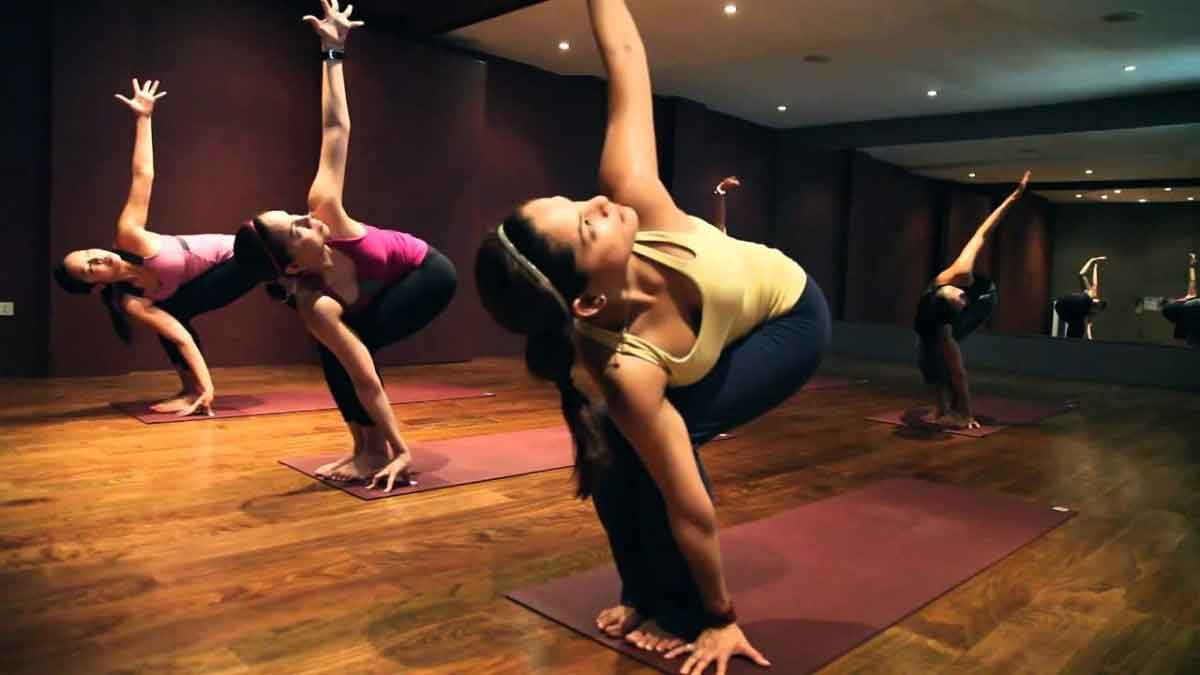 FreebieMNL - Get Your Flow On at Bliss Yoga